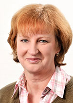Barbara Tolbert arbeitet am Empfang der VGW Schwäbisch Gmünd