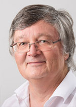 Horst Weber arbeitet in der WEG Verwaltung der VGW Schwäbisch Gmünd